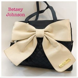 Betsey Johnson Black Quilted White Bow Bag